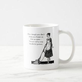 Lustiges sauberes Haus - fertigen Sie besonders an Kaffeetasse