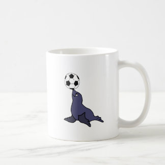 Lustiges Siegel-jonglierender Fußball-Tierball Tasse