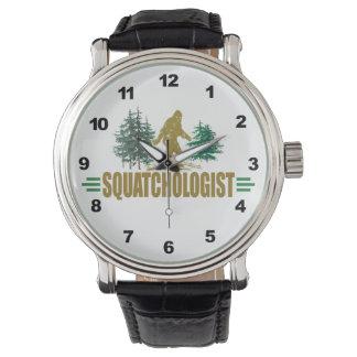 Lustiges Squatchologist, Sasquatch, glaube ich Armbanduhr