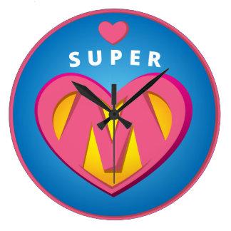 Lustiges Superheldsuperwoman-Mammaemblem Große Wanduhr