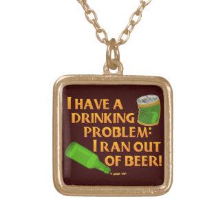 Lustiges trinkendes Bier Vergoldete Kette