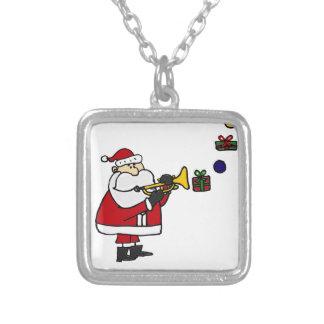 Lustiges Weihnachten Sankt, die Trompete spielt Versilberte Kette