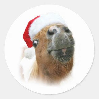Lustiges Weihnachtspferd Runder Aufkleber
