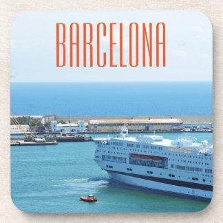 Luxuriöses Kreuzfahrtschiff, das Barcelona-Hafen Untersetzer