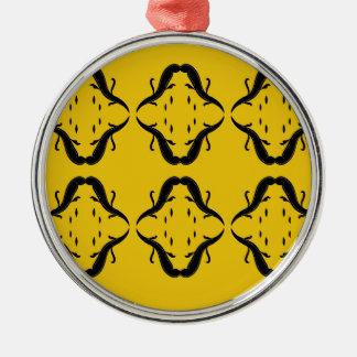LuxusMandalas. T - Shirtgeschäft Silbernes Ornament