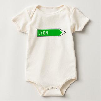 Lyon, Verkehrsschild, Frankreich Baby Strampler
