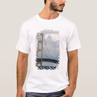 Mackinac Brücke, Michigan, USA T-Shirt