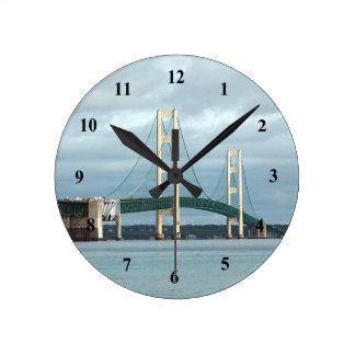 Mackinac Brücken-Uhr Runde Wanduhr