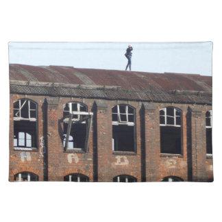 Mädchen auf dem Dach 02,2, verlorene Plätze Stofftischset