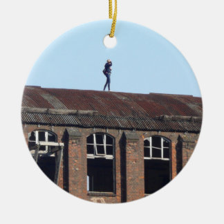 Mädchen auf dem Dach - verlorene Plätze 02,0 Keramik Ornament