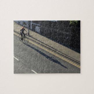 Mädchen auf einem Fahrrad Puzzle