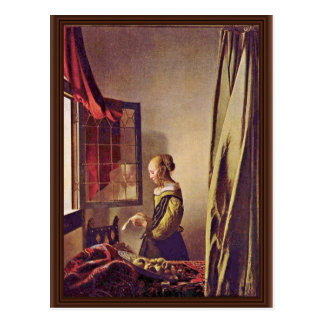 Mädchen, das einen Brief an einem offenen Fenster, Postkarte