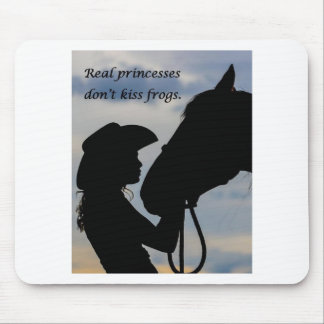 Mädchen, das Pferd küsst Mauspads