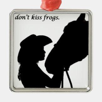 Mädchen, das Pferd küsst Quadratisches Silberfarbenes Ornament