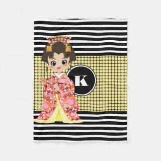 Mädchen den Mustern in des Kimono-w/Modern Fleecedecke