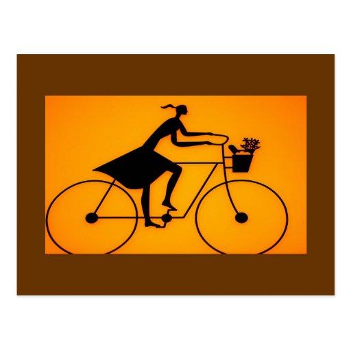 Mädchen-Fahrrad-Reitpostkarte Postkarte