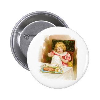 Mädchen mit Frühstücks-Vintager Nahrungsmittelanze Button