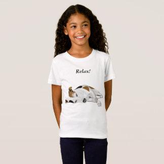 Mädchen-niedlicher SchlafenJack Russell T-Shirt