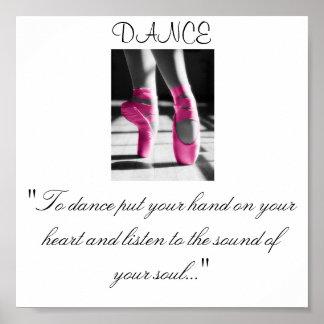"""Mädchen tanzen, """", um zu tanzen setzten Ihre Hand  Plakate"""