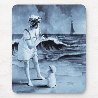 Mädchen und Hund Vintages 1913 Mauspad