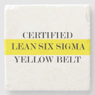 Mageres sechs Sigma-gelber Gurt-Untersetzer Steinuntersetzer