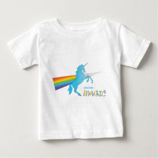 Magisches Einhorn mit Regenbogen Baby T-shirt