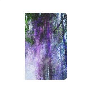 Magisches Portal im Wald Taschennotizbuch