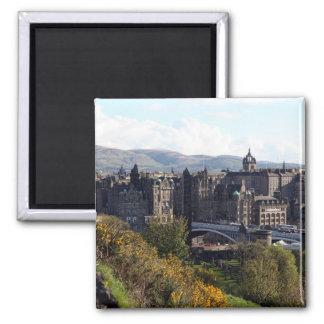 Magnet der Nordbrücke, Edinburgh Quadratischer Magnet