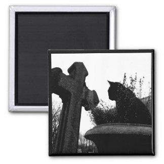 Magnet des gotischen Kreuzes u. der schwarzen Katz Kühlschrankmagnet