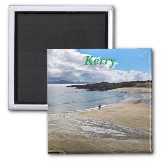 Magnet: Schöner Strand mit einem blauen Himmel; Quadratischer Magnet