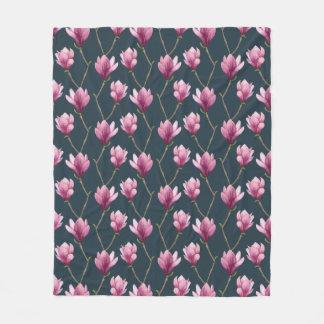 Magnolien-Aquarell-Blumenmuster Fleecedecke