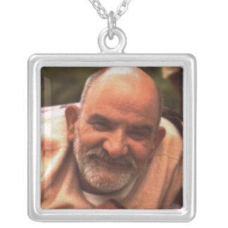Maharaj-ji Neem Karoli Kuchen Halskette Mit Quadratischem Anhänger