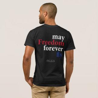 Mai-Freiheit fliegen für immer den T - Shirt der