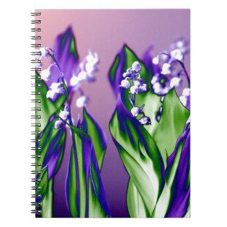 Maiglöckchen im Lavendel Notizblock