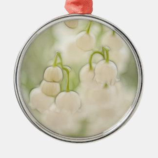 Maiglöckchen in der Lavendel-Skizze Silbernes Ornament