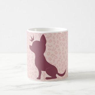 Majestätische Chihuahua auf rosa Leopard-Druck Kaffeetasse