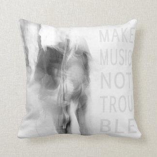 MAKE MUSIK - photo art Kissen