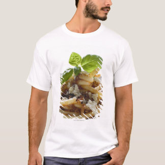 Makkaroni mit zerkleinern Soße und Käse T-Shirt