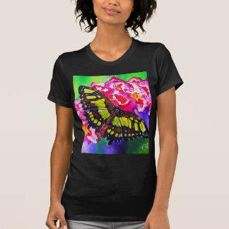 Malachit auf roten Blumen T-Shirt