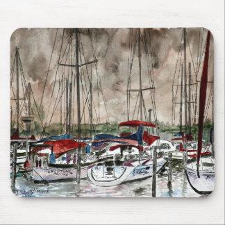 Malerei der Segelboote an der Nachtfischen-Strandk Mousepad