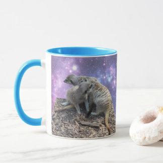 Mama Meerkat und ihr Welpe, Tasse