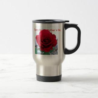 Mamma ist Liebe, der Tag der Mutter, Rote Rose Reisebecher