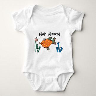 Mamma-und Baby-Fisch-Küsse Baby Strampler