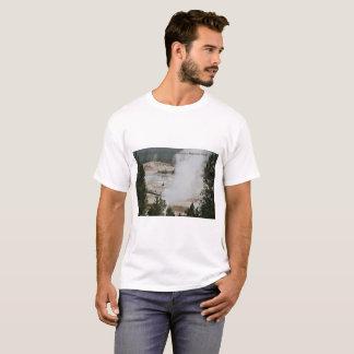 Mammoth Hot Springs, Yellowstone Nationalpark T-Shirt