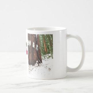 Mammutbaum in der Schnee-Tasse Tasse