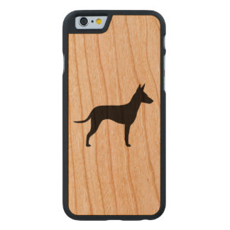 Manchester-Terrier-Silhouette Carved® iPhone 6 Hülle Kirsche