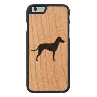 Manchester-Terrier-Silhouette - natürliche Ohren Carved® iPhone 6 Hülle Kirsche