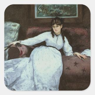 Manet | die Erholung, Porträt von Berthe Morisot Quadratischer Aufkleber