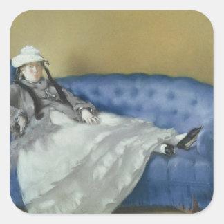 Manet | Madame Manet auf einem blauen Sofa, 1874 Quadratischer Aufkleber