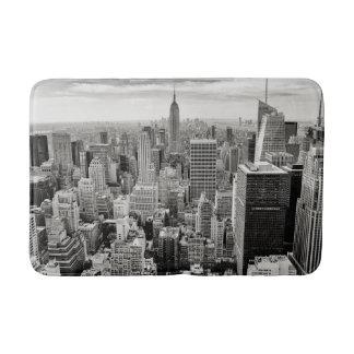 Manhattan, New York (schwarzes u. weißes Panorama) Badematte